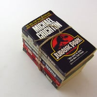 Michael Crichton Collection II - Jurassic Park, Andromeda Strain, Travels, Rising Sun, and Congo - Vintage Books