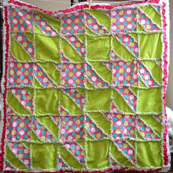Clearance Sale 65% Off Baby RAG QUILT, Crib Blanket, Houndstooth Bedding 44x44, Ready to Ship, Pink, Green, Spring