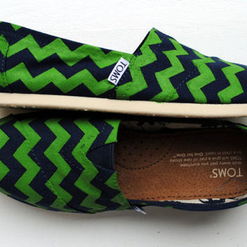 Womens Custom Hand Painted TOMS Navy and Kelly Green Chevron Design