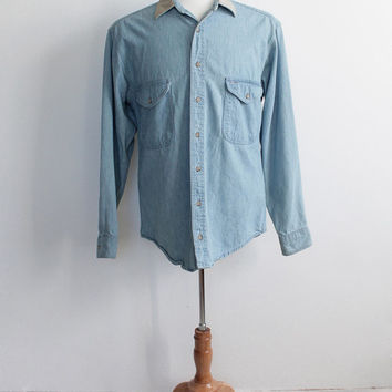 Vintage 80s Woolrich Blue Denim Worker Shirt with Elbow Patches | Men's medium