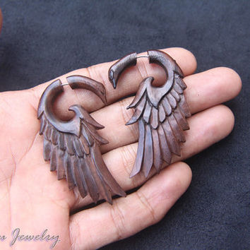 Fake Gauges Wood Earring, Tribal Eagle Carving Fake Piercing Wooden Gauges Made from Sono Wood FGW-0095-1