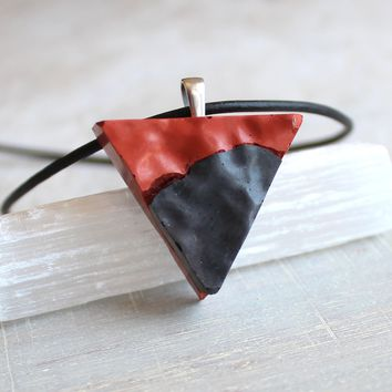 Triangle necklace - black and terra cotta
