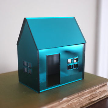 Miniature shiny structure in emerald green, teal acrylic