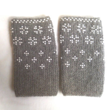 Beaded grey  Wrist warmers, cuffs with white  beads, wool,  MADE TO ORDER