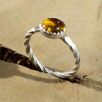 Amber Stone Twisted in Sterling Silver Tentacle Patterned Wire Ring