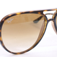 "RAY BAN ""CATS 5000"" SUN GLASSES TORTISE SHELL"