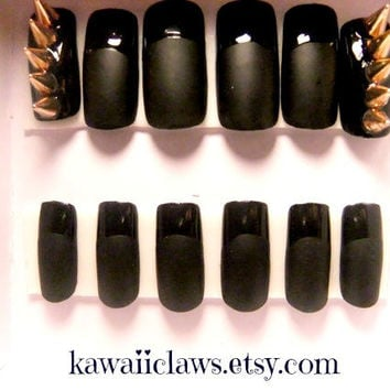 Spiked Matte Badass Black nails with glossy tips full false/fake 3D nail gyaru Japanese goth punk