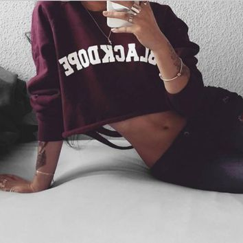 Back burnt hole English letters printed round neck wine red sweater lo shi
