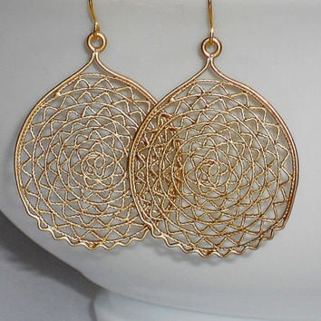 Gold Earrings Dangle Circle Filigree Round Earr