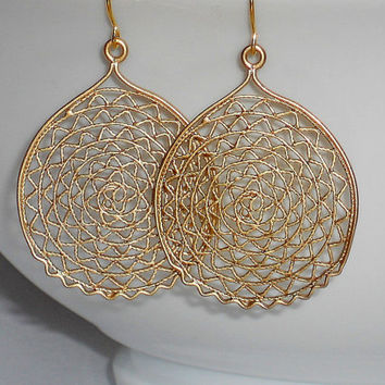 Gold earrings gold dangle earrings circle filigree earrings round earrings circle earrings simple earrings under 20 round filigree earrings