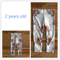 Stretch baby leggings for girl 6 months to 3 years old Made of eco-spandex performance fabric Pattern of peonys
