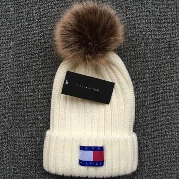 ac NOVQ2A Tommy hilfiger 2018 new autumn and winter ball warm wool hat White