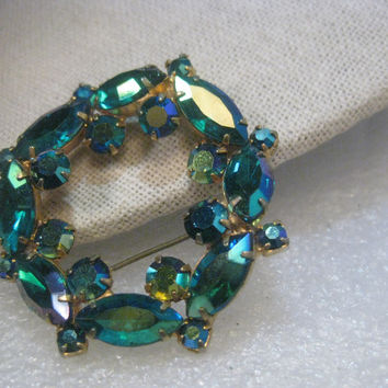 "Vintage Juliana Blue/Green Aurora Borealis Circle/Wreath Brooch, 2"", Gold Tone, 1960'"