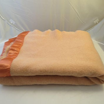 Peach Wool Blanket Vintage Bedding Twin/Full Size 52 x 72 inches All Wool Woven Blanket Warm Insulating Bed Cover New Satin Binding