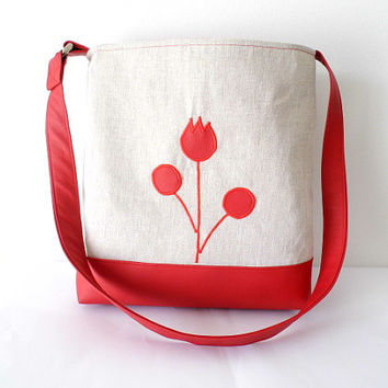 Summer tote or cross body bag made of red faux leather and beige canvas/ tulip and flower appliqued