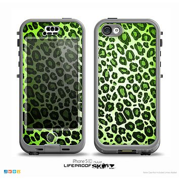 The Vibrant Green Leopard Print Skin for the iPhone 5c nüüd LifeProof Case