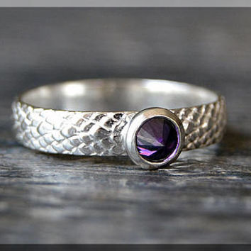 Sterling Silver Birthstone Ring, Choose Your Birthstone, Stacking Gemstone Ring, Snake Skin Shank Ring, Layering Ring, Inverted Setting