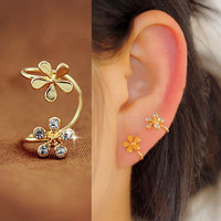 Double Golden Flowers Ear Cuff (Single, No Piercing) | LilyFair Jewelry