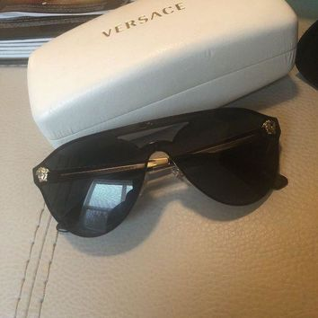 DCCKNY1 Versace Women's VE2161-100287-42 Black Shield Sunglasses PreOwned