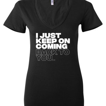"Louis Tomlinson / Bebe Rexha ""I just keep on coming back to you"" Women's V-Neck T-Shirt"