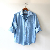 Vintage Chambray Shirt. Light Wash Cotton Button Up. Cropped Light Blue Shirt.