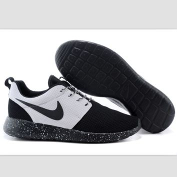 Nike roshe run couple light sports leisure net surface breathable Olympic running shoes Black-toe cap (black starry sky soles)