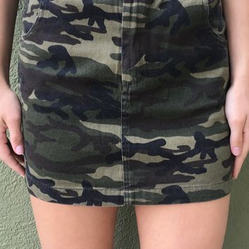 Feel Good Skirt- Camo