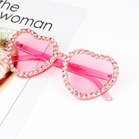 Heart Sunglasses for Ladies 2018 Hot Fashion Candy Pink Sunglasses rhinestone Steampunk Goggles Alloy+Resin Small Sunglasses