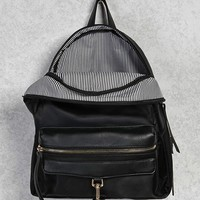 Bolt Snap Pocket Backpack