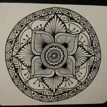 Hand drawn Mandala | Mousepad in Black and White | Mandala Mousepad | Aztec Mandala | Black patterns | Zentangle mandala | Mandala Design
