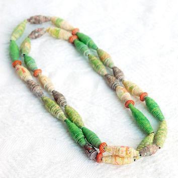 Green Earth Recycled Paper Bead Necklace in by BoutiqueVintage72