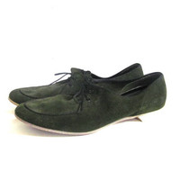 70s dark green suede leather shoes. Lace up oxfords. Womens bowling shoes. 7.5
