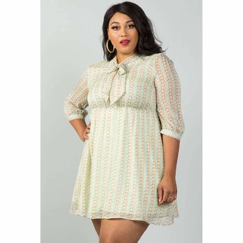 Ladies Plus Size Green Bird Print Dress