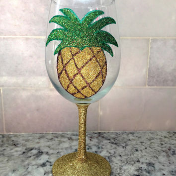 Glitter Pineapple wine glass