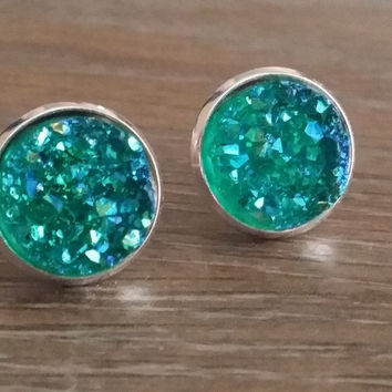 Druzy earrings- Teal green drusy silver tone stud druzy earrings