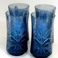 vintage set of 4 80s cornflower blue drinking glasses with wheat and bow design retro set of blue glasses