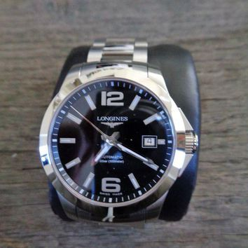 ONETOW Longines Conquest Automatic L3.676.4.58.6