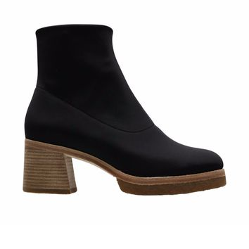 Clarks - Nadia Boot - Black Synthetic