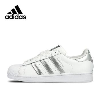 Original New Arrival Official Adidas Clover SUPERSTAR Women's And Men's Skateboarding Shoes Sport Outdoor Sneakers AQ3091