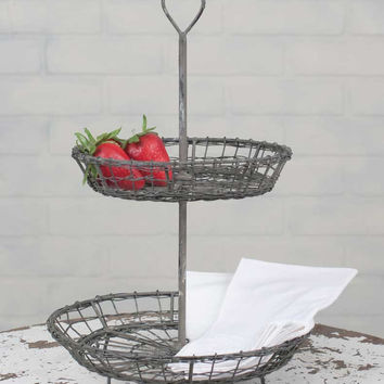 Wire Heart Two Tier Serving Stand - *FREE SHIPPING*