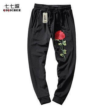 Spring Men Casual Pants 2017 Vintage Floral Dragon Embroidery Mens Joggers Harem Pants Black Loose Male Drawstring Trousers