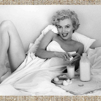 Marilyn Monroe photograph, vintage photo print, classic Hollywood photograph, black and white print, boho wall decor
