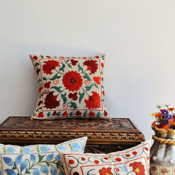 Vintage Hand Embroidered Suzani Pillow Cover - Decorative Pillow, Throw Pillow, Accent Pillow, Floor Pillow - Red Suzani Pillow