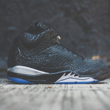 A Closer Look at the Air Jordan 3Lab5 Black/Metallic Silver