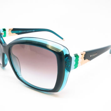 Bvlgari BV 8133 5307/8E Green Sunglasses