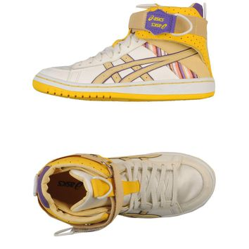 asics high tops trainers  number 1
