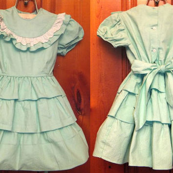 Vintage 50s Mint Green Girl's Dress / Party / Wedding / Flower Girl Label / Waffle Fabric / Toddler Size 4