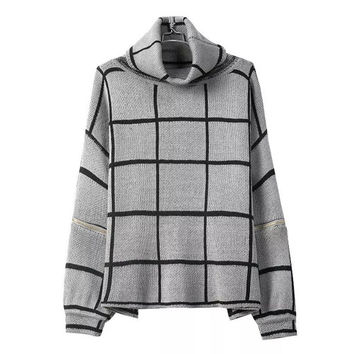 Gray Plaid Sleeve Zipper Knitted Sweater