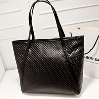 Casual Quilted Large Capacity Shopping Shoulder Bag