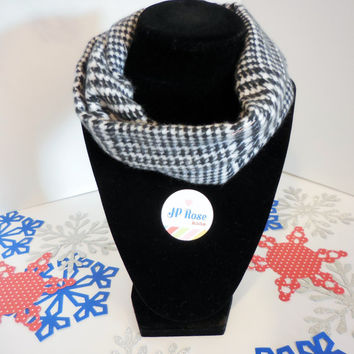 Scarf Bib Black and White Houndstooth Plaid for Babies Size 2T-3T